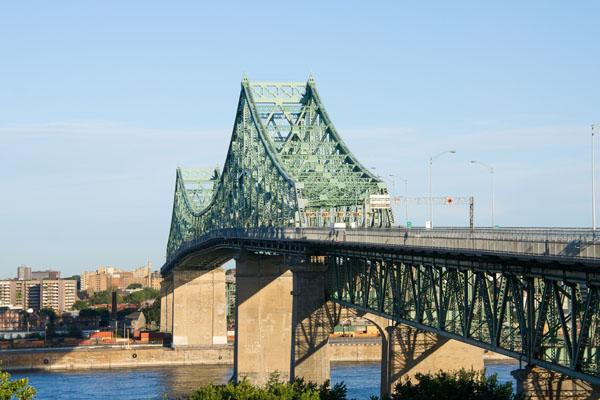 Déménageurs à Longueuil et sur la Rive Sud de Montréal
