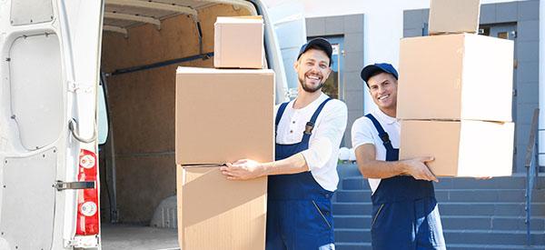 Vous pouvez obtenir des soumissions de déménageurs gratuitement avec le site «Soumissions Déménageurs»!